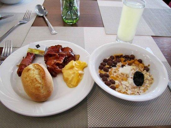 MDM Hotel: Breakfast :P