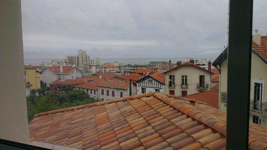 Hotel Au Bon Coin: vue de la suite