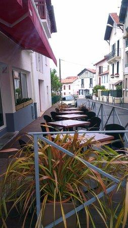 Hotel Au Bon Coin: terrasse hotel