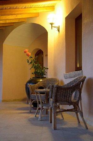 Hotel Arathena: Hotel exterieur