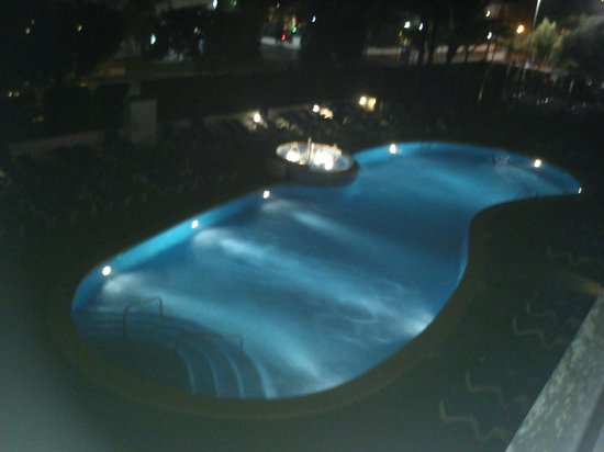 Inturotel Esmeralda Garden: The view of the pool from room 312