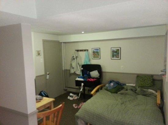 Rocky Mountain B&B: Room 9