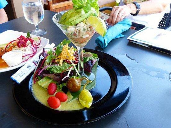 Seascape Ma'alaea Restaurant: Shrimp and octopus avocardo salad.
