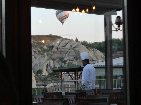 Goreme Kaya Hotel: 朝食会場から
