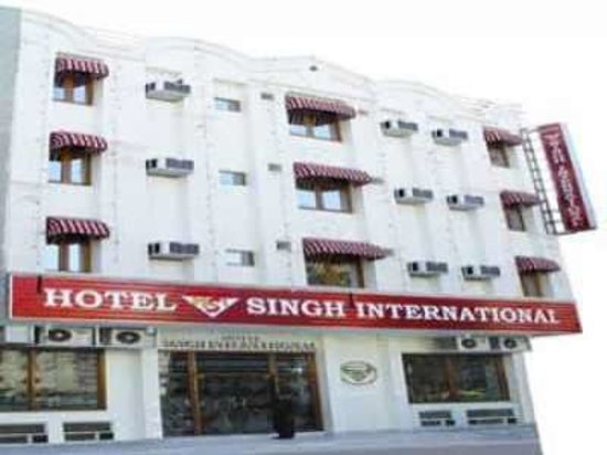 Hotel Singh International 사진
