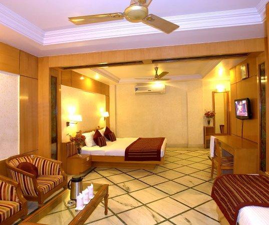 Hotel Singh International: ROYAL SUITE