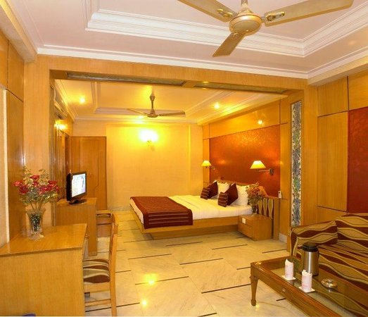 Hotel Singh International: CLASSIC DELUXE