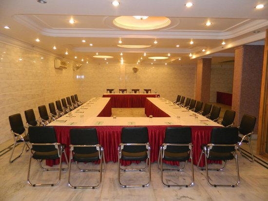 Hotel Singh International: CONFERENCE