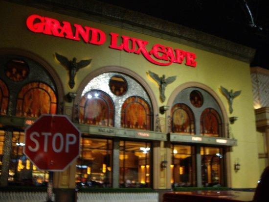 The Grand Lux Cafe Dallas