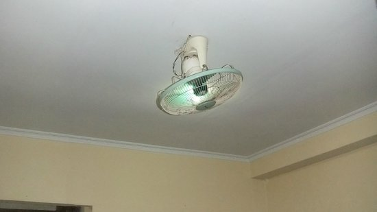 Sayang Maha Mertha : This is our air-condition; a fan!! But it worked!!