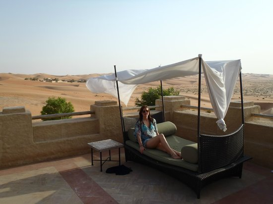 Qasr Al Sarab Desert Resort by Anantara: View from Pool area