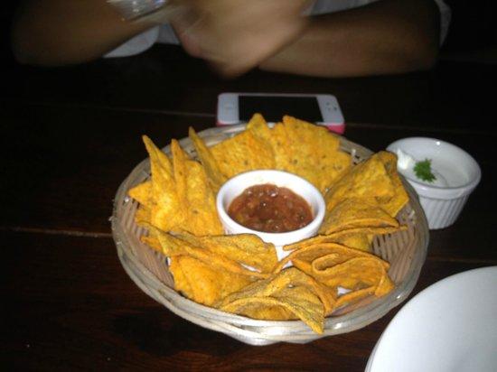 Downtown Cafe: Nachos