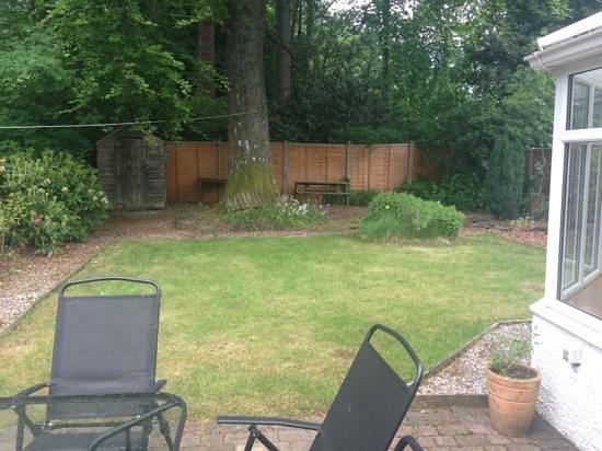 Grisedale Lodge: Lovely garden