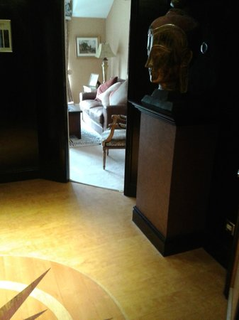 Castle Hotel: Hallway/Lounge