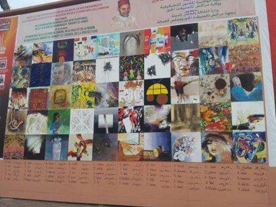 """Riad Souad: petit souvenir """"de la place"""""""