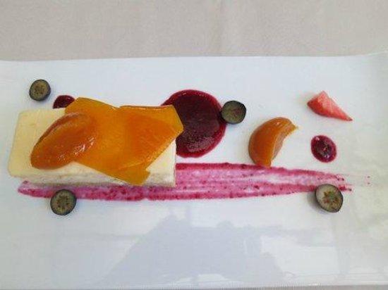 Melnie Muki: delicious...desert