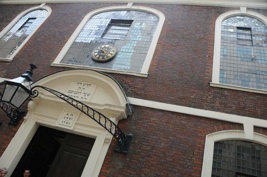 Jewish London Walking Tours: Bevis Marks Synagogue