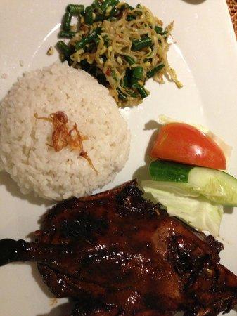 Bintang Kuta Hotel: Bebek Tepi Sawah Restaurant