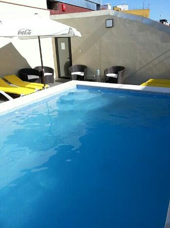 Exe Malaga Museos: pool