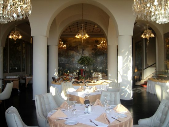 Grande Albergo delle Rose: Dining room at breakfast
