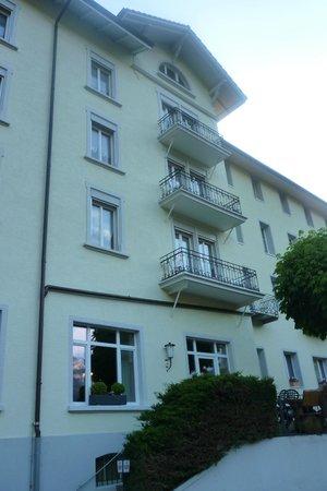 Hotel Schonbuhl: Hotel exterior