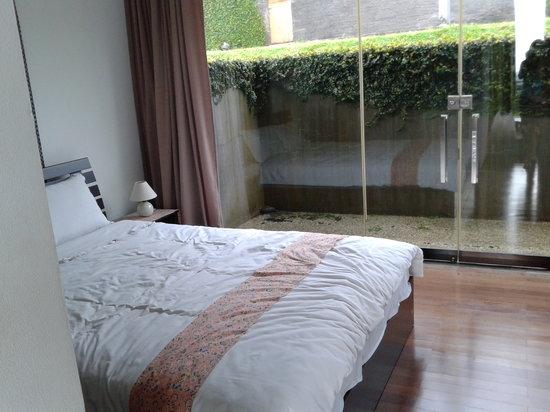 Tea Garden Resort Bandung : room 1