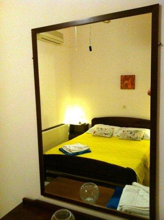 Hotel Emerald: Room