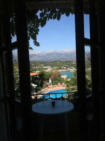 Hotel Emerald: Balcony View