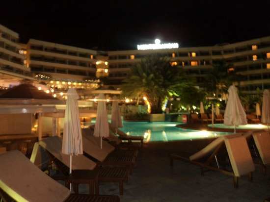 Mediterranean Beach Hotel: Night View