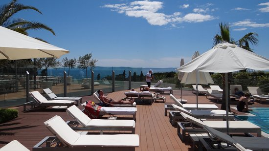 Radisson Blu Resort Split: Pool Deck