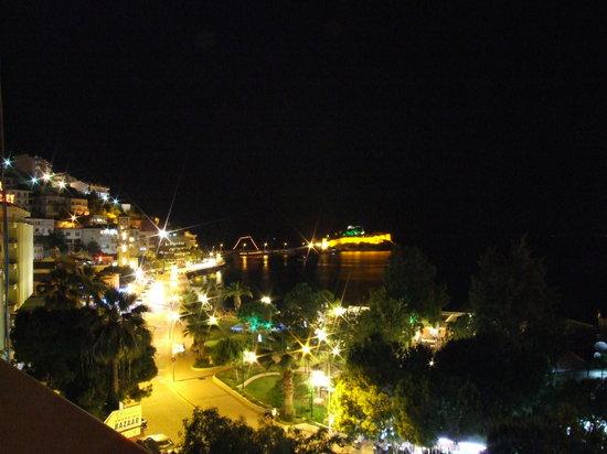 Mr Happy's - Liman Hotel: nachtzicht