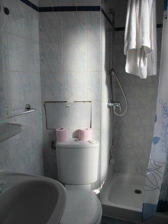 Hotel de la Terrasse: Bathroom