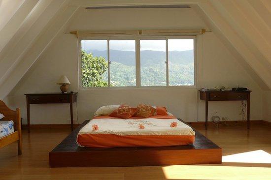 Lemongrass Lodge: Schlafbereich im Dachgeschoss