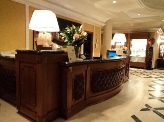 Borgo Palace Hotel : reception