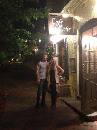 Cafe La Ruche: Front Entrance