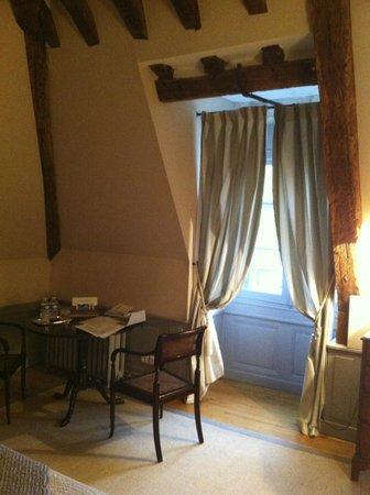 Le Chateau de Reignac : Belle chambre Carter