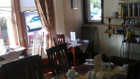 South Park Guest House: Very cosy breakfast room