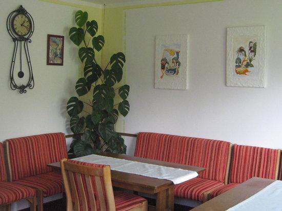 Haus Roesel: Frühstücksraum im neuen look