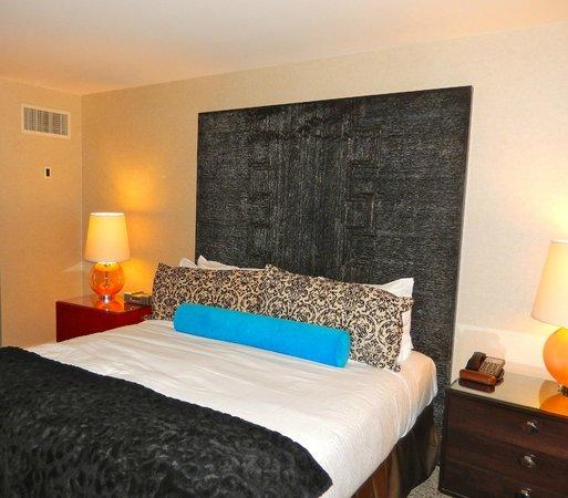 Kimpton Hotel Palomar Los Angeles Beverly Hills: Very comfortable bed
