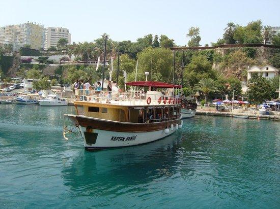 Justiniano Club Alanya: на морской прогулке