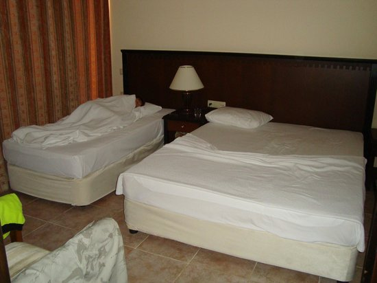 Justiniano Club Alanya: две комнаты с 2 кроватями