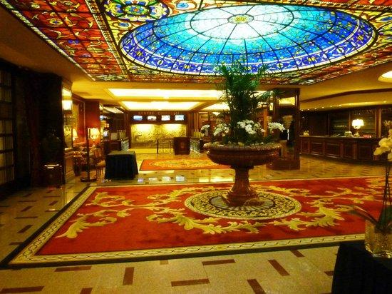 Grand Hotel Dino: Reception Area