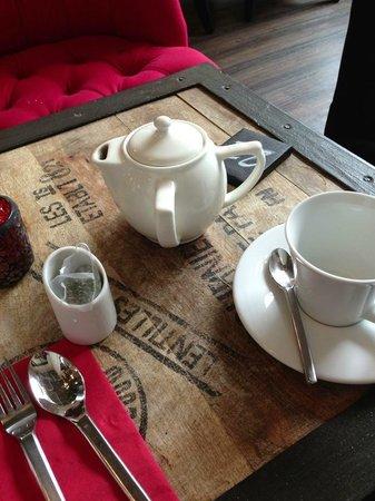 Mosaic: teapot!