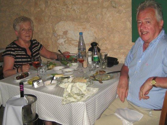 Taverna Mousikos: A very `Happy Birthday`.