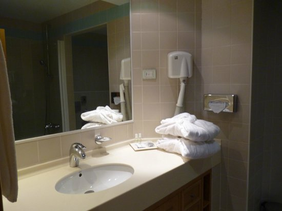 Solplay Hotel de Apartamentos: salle de bain