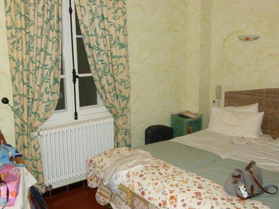 Hotel Villa Provencale: La chambre