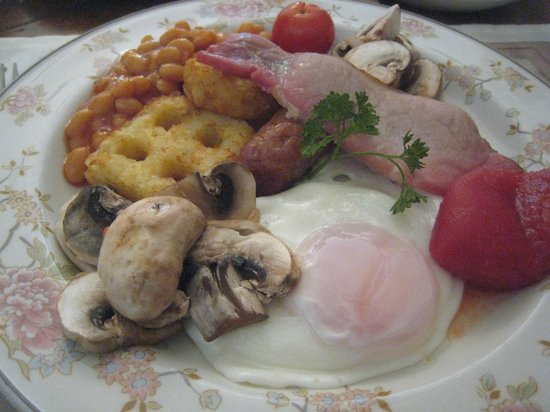 Mitchell's of Chester Guest House: hot English breakfast with the finest local products