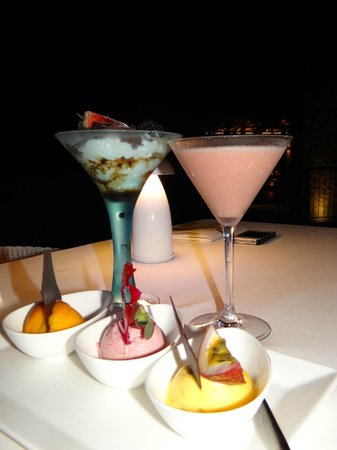 Four Seasons Resort Seychelles: Tiramisu and some amazing drink...