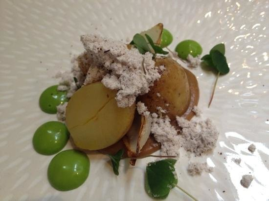 Roganic: slow rasted potato with onion ash, delicious