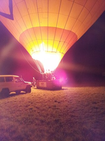 Hot Air Balloon Port Douglas : JUst before take off